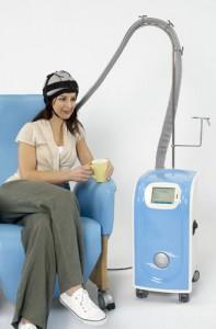 Охлаждающая шапочка, чтобы снизить потерю волос при химиотерапии