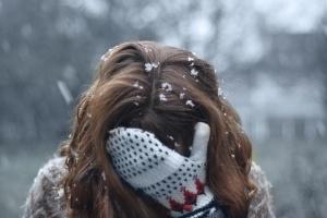 Причины волосы лезут от охлаждения