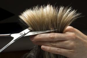 Ножницы кончики волос