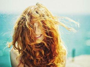 Необходимость защиты волос от солнца