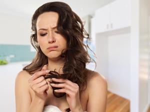 Проблема поврежденных волос на голове