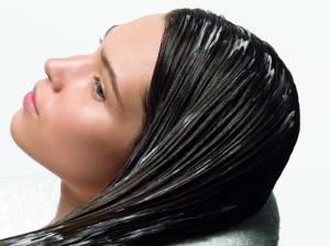 Применение масок для жирных волос