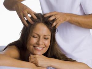 Массаж кожи головы при облысении