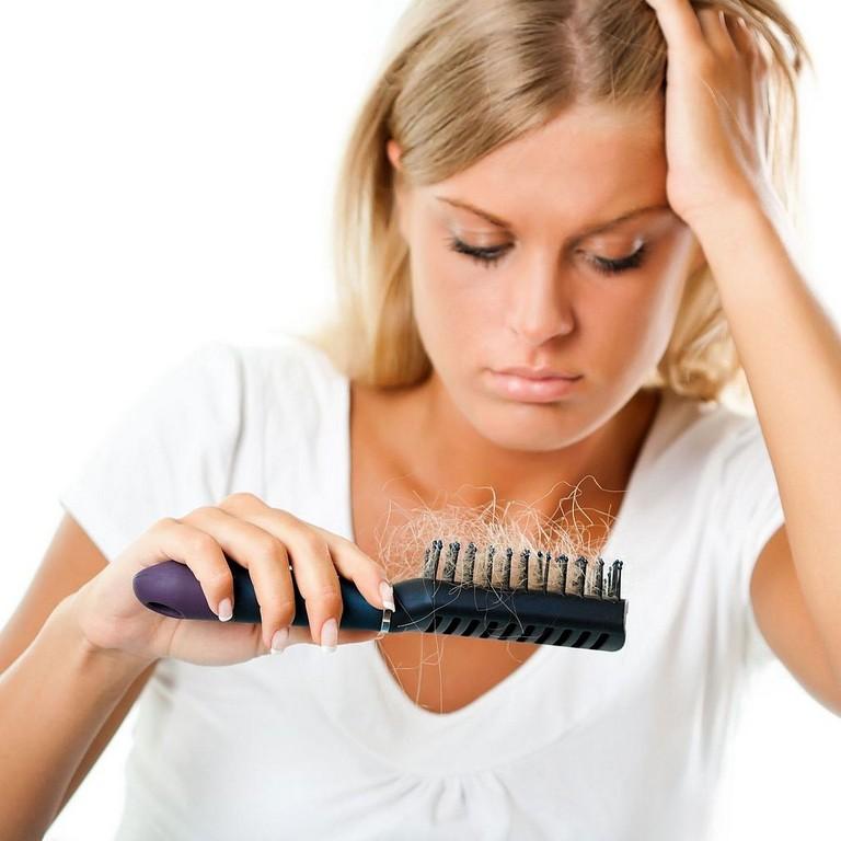 Как лечить выпадение волос при беременности