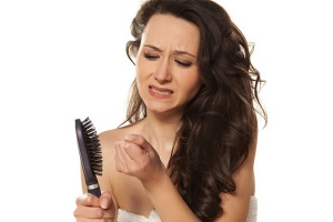 После аборта выпадают волосы
