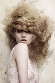 Почему выпадают волосы основные причины