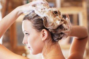 Что помогает от выпадения волос у женщин?