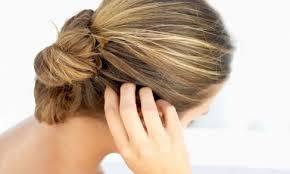 Жирная кожа головы: причины и лечение