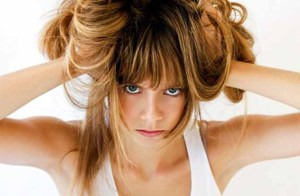 Временное выпадение волос: частые причины