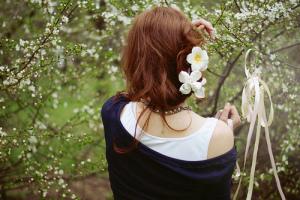 весна и волосы