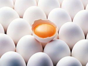 Приготовление укрепляющего шампуня из яичных желтков