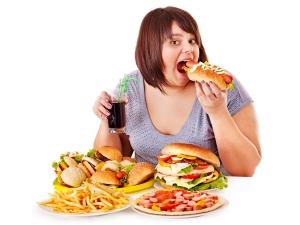 Неправильное питание - причина сухости волос