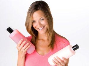 Выбор шампуня с содержанием кератина