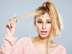 Пострадавшие после осветления волосы